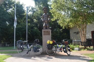 Popeye Statue in Chester, IL